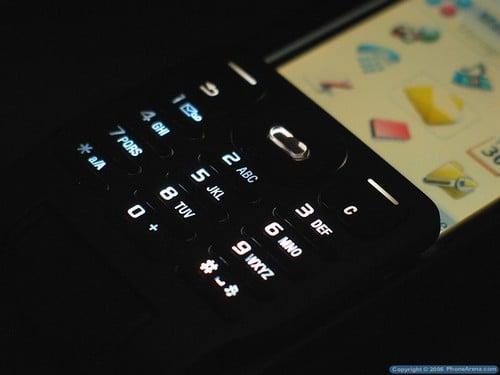 Sony Ericsson P990i - Подсветка алваитно-цифровой клавиатуры