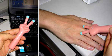 Вибро-массажер для пальцев рук