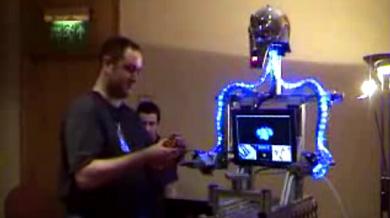RuBot II прочив человека