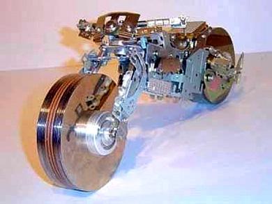 ...работы, он находит в трансформации старых электронных компонентах и.