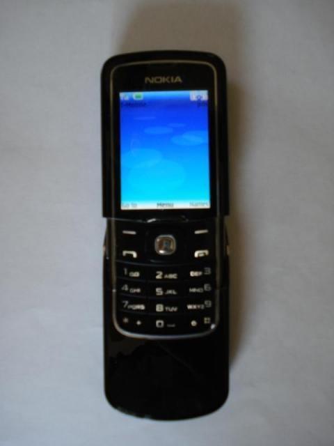 nokia 8600- 2