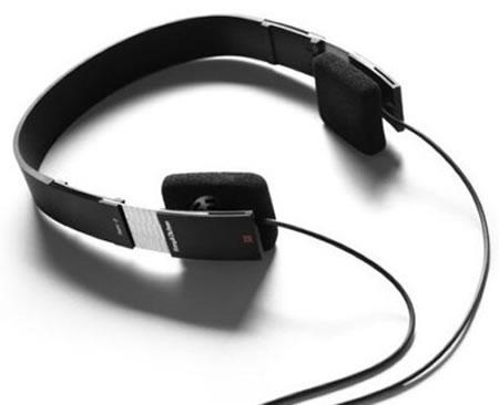 B&Oheadphones