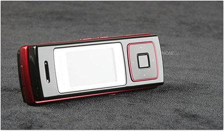 Samsung_F200_1