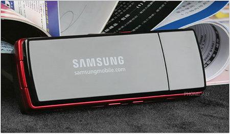 Samsung_F200_5