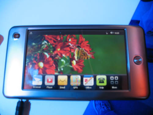 intel-mobile-internet-device-8.jpg