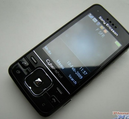 Sony-ericsson-c903-cyber-shot-hands-on-shots-9