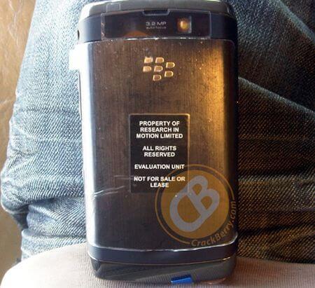 blackberrystorm2-leaklg2