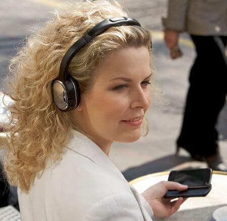 nokia-bluetooth-stereo-headset-bh-905_2-thumb-450x437