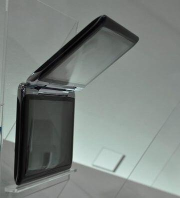 toshiba-prototype-smartphones-ceatec09_main