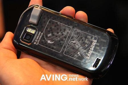 Samsung_Show_OMNIA_3-thumb-450x300