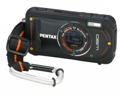 Pentax W90 выдерживает практически всё