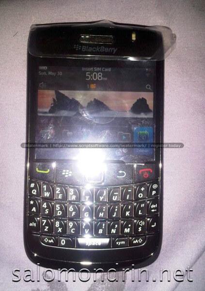 blackberrybold9780-leaklg1