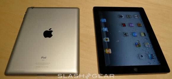 ipad-2-smartcovers-hands-on-demo10-slashgear