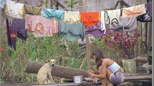 _57382525_washing