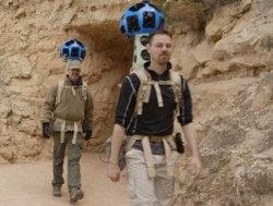 Trekker гуляет по Большому Каньону