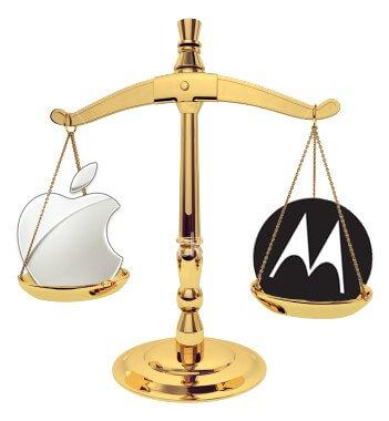 scale-apple-motorola