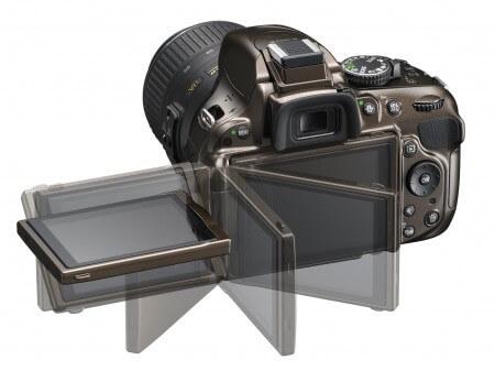 Nikon D5200 - поворотный дисплей