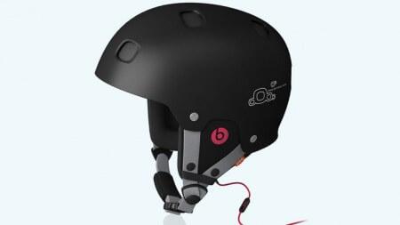 Лыжный шлем с наушниками Beats by Dr. Dre