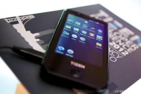 Tizen-смартфон