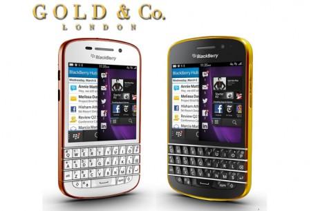 Смартфон BlackBerry Q10 в золотом корпусе