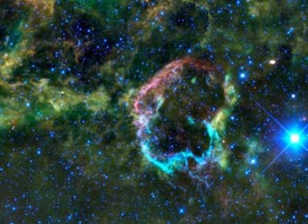 Остатки сверхновой в туманности Медузы