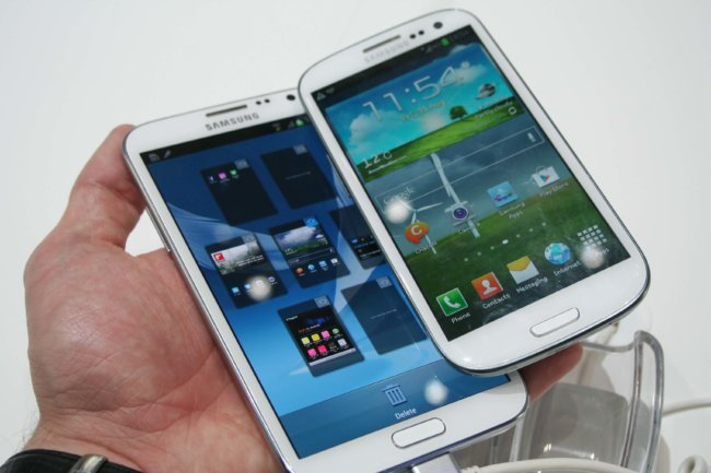 Samsung-Galaxy-Note-2-vs-S3-1