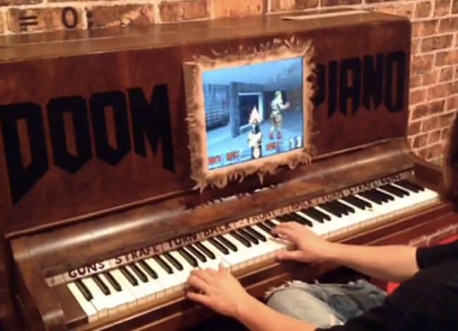 Пианино в роли контроллера Doom