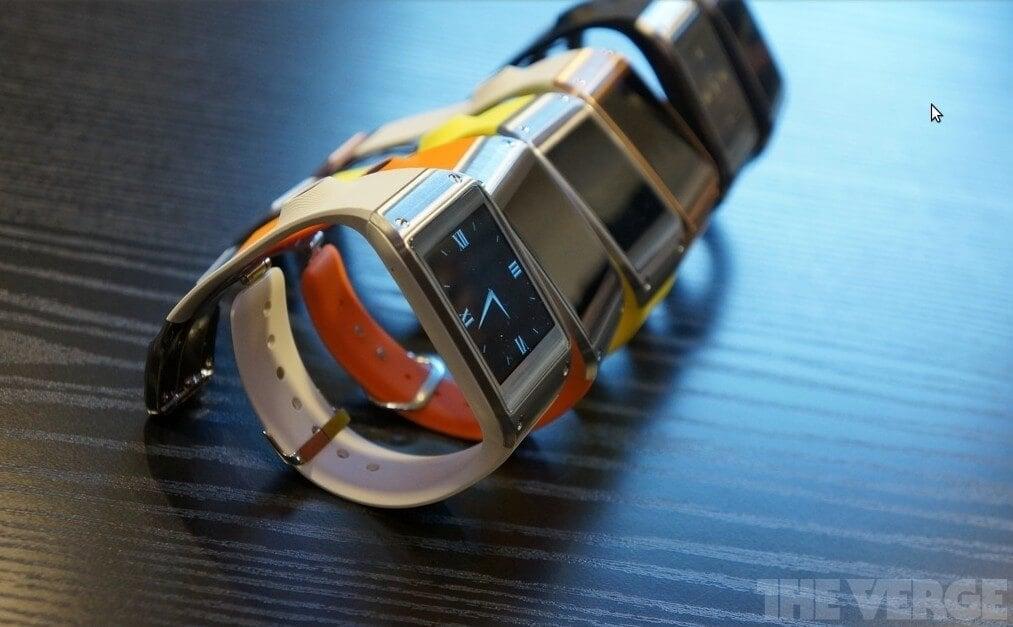 Умные часы Galaxy Gear