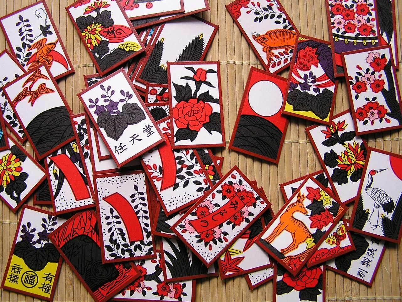 Игральные карты Ханафуда