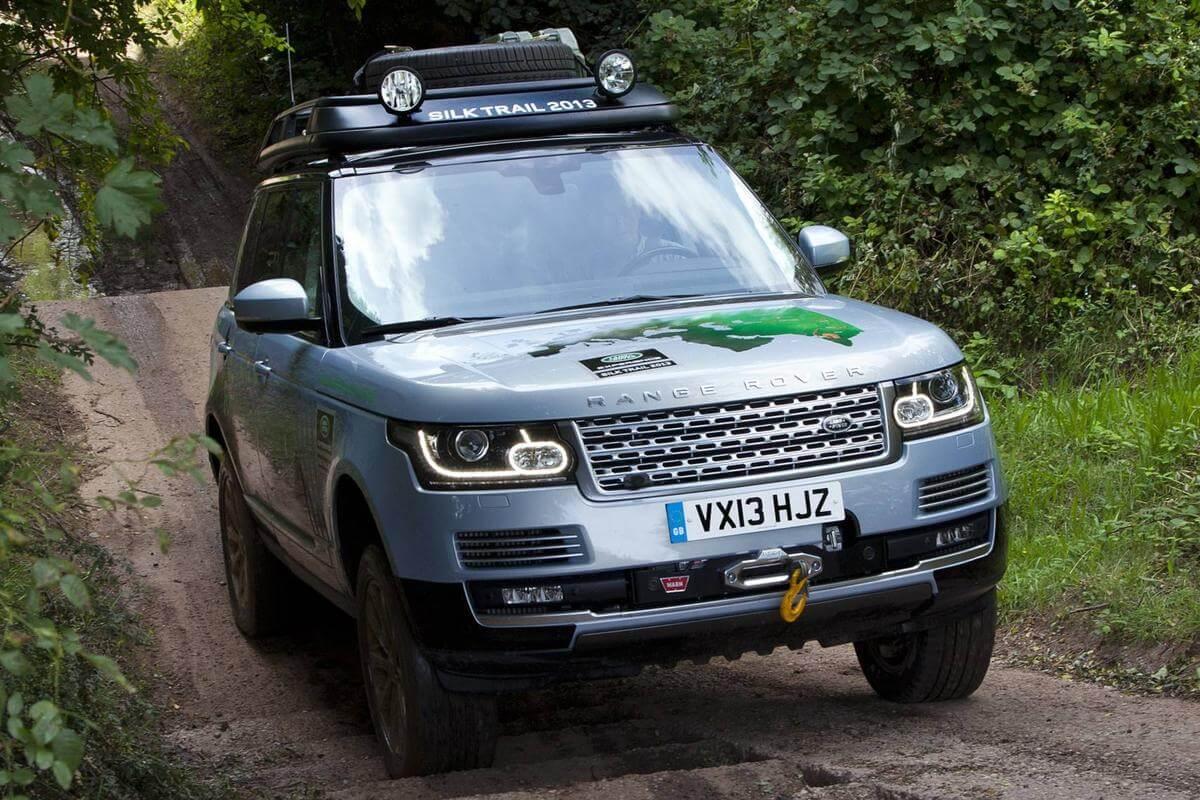 Гибридная версия внедорожника Land Rover