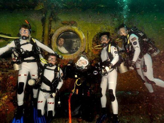 UnderwaterAstronauts