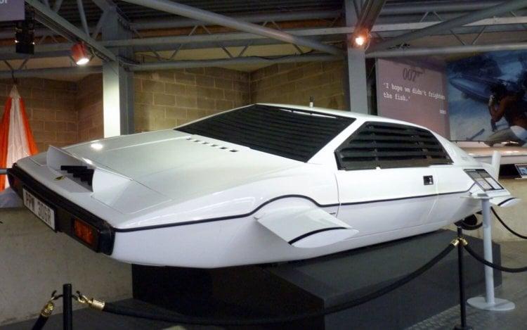 Легендарный Lotus Esprit Submarine