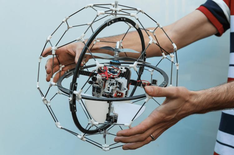 Робот беспилотник Gimball