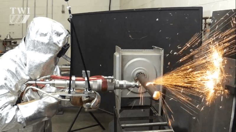 Портативная пятикиловаттная лазерная пушка