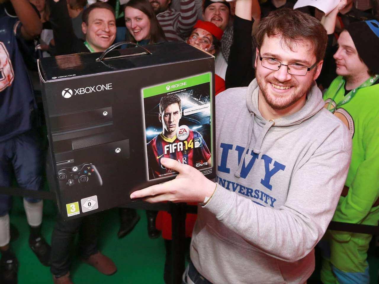 Продано 2 миллиона Xbox One