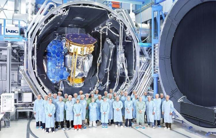 LISA Pathfinder crew