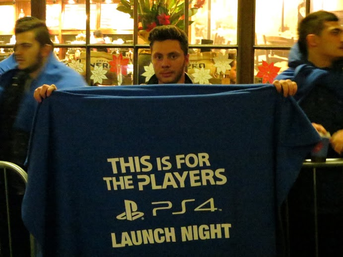 Запуск Playstation 4 в Великобритании