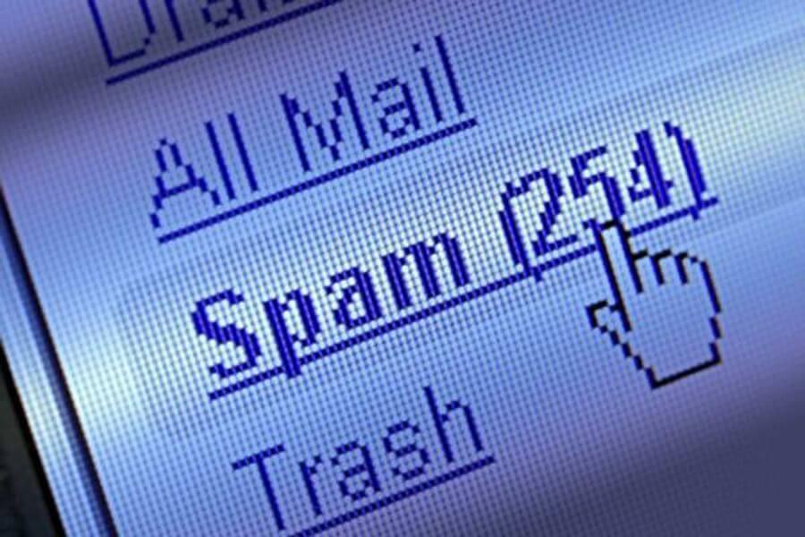 Умные холодильники рассылают спам