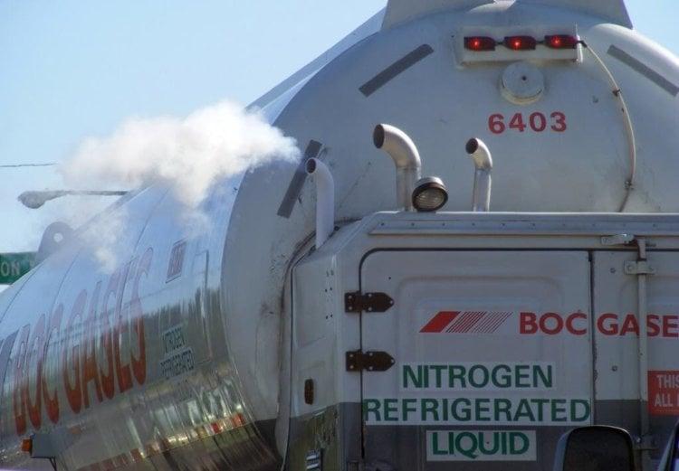 Создан грузовик на жидком азоте