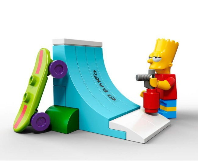 The-Simpsons-House-LEGO-17