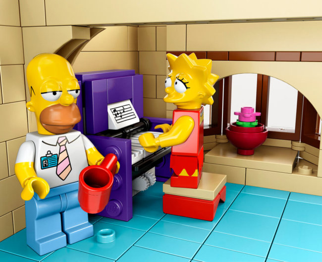 The-Simpsons-House-LEGO-9