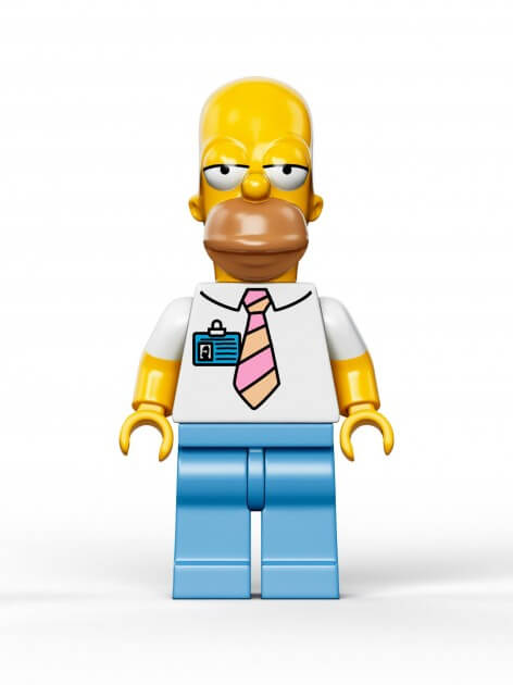 The-Simpsons-House-LEGO-Homer-472x630