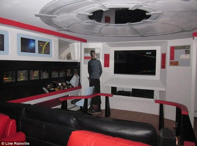 starship-enterprise-replica-1