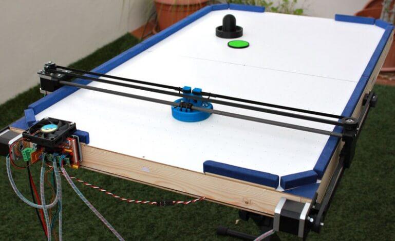 Аэрохоккей из деталей 3D принтера