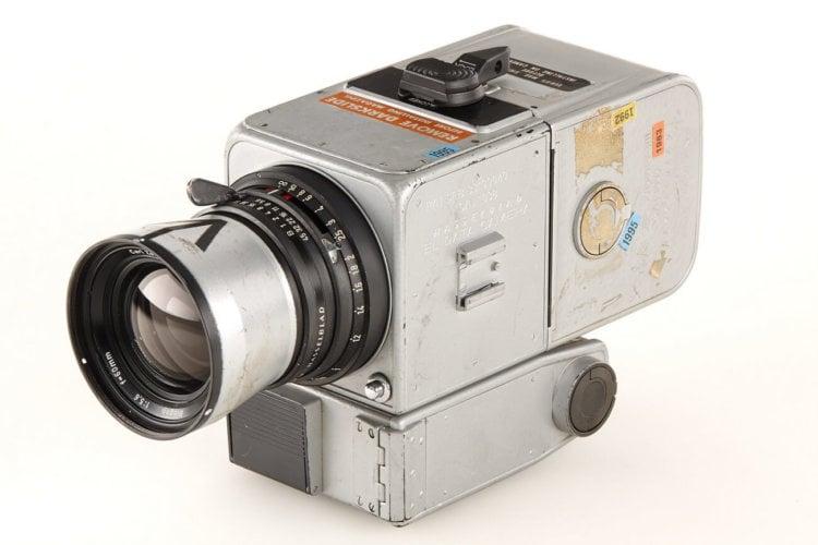 Продана камера побывавшая на Луне