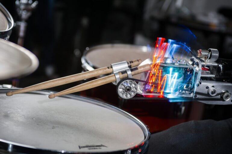 cyborg-drummer-0