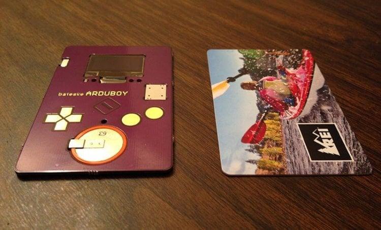 Arduboy - умная визитка