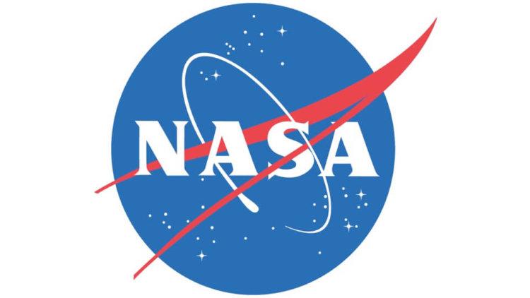 NASA прекращает научные отношения с Россией