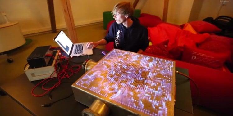 The Pyro Board - огненный визуализатор
