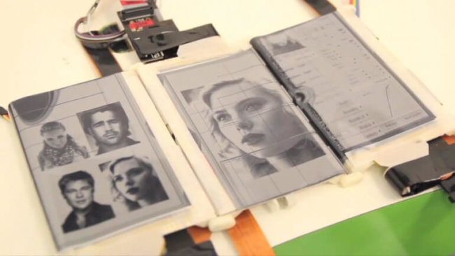 PaperFold устройство с тремя гибкими дисплеями